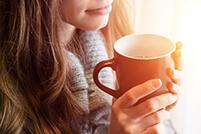 Neutraalinmakuinen LAXOSOFT® voidaan sekoittaa kylmään tai lämpimään juomaan