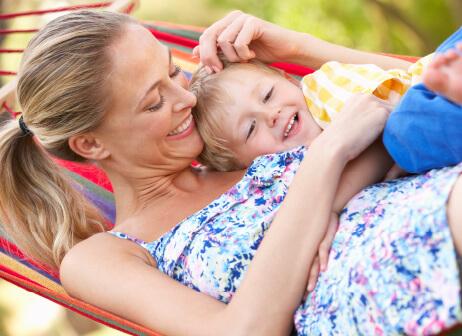 raskaus voi tuoda mukanaan myös ikäviä vatsavaivoja