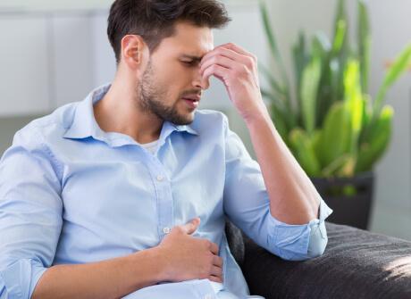 Stressi voi aiheuttaa ummetusta ja ikävää oloa