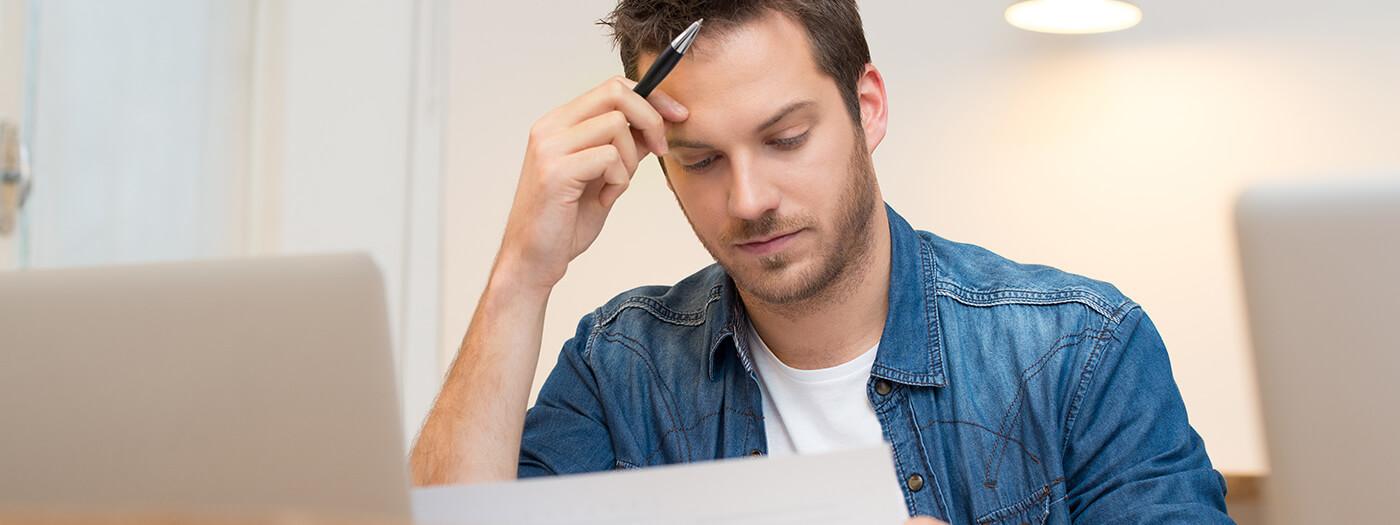 Työkiireet ja stressi voivat vaikuttaa vatsan toimintaan ja aiheuttaa ummetusta
